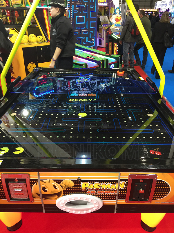 PAC-MAN AIR HOCKEY 4 pl